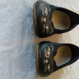 GAP Shoes - Gap cat shoes